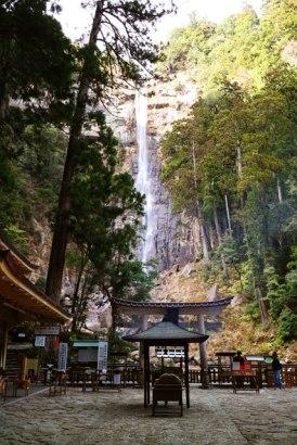 nachi-falls1